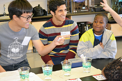 Illinois </em>grad students Anthony Fan (left) and Rishi Singh (center)